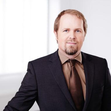 Dr. Frank Köhne