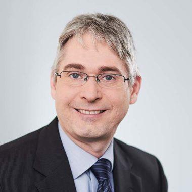 Dr. Daniel Reinert